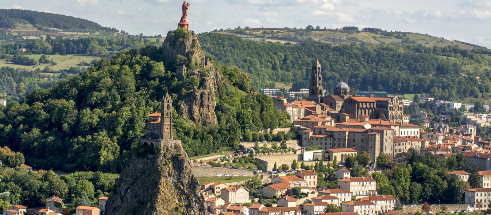 En route pour la cathédrale Notre-Dame du Puy-en-Velay
