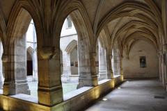 Cloître et église des Billettes