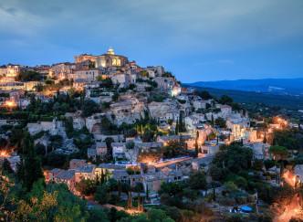 Gordes sera-t-il le village préféré des Français ?