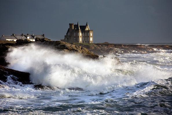 Les plus beaux châteaux face à la mer