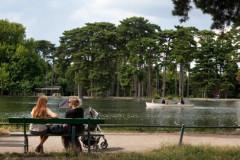 Faire de la barque au Bois de Boulogne