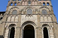 La cathédrale Notre-Dame du Puy et son cloître