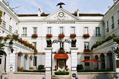 Aigle Noir Hôtel