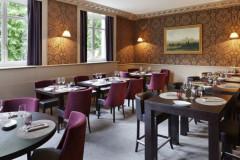 85 Restaurant & Bar