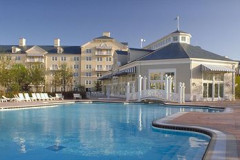 Disney's Newport Bay Club®