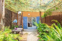 Tiloulocation  -  location à la nuitée  -  chambre  -  studio  -  appartements  -   Giens  -  Hyéres