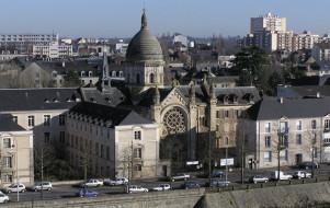 Voie verte du chemin de halage de la Mayenne