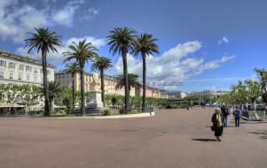 La place Saint-Nicolas
