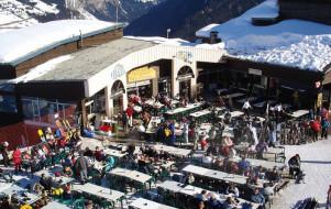 Déjeuner franco-suisse sur le domaine des Portes du Soleil