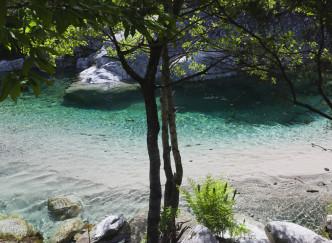 Corse, baignade en eaux-vives