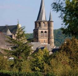 L'église au clocher flammé
