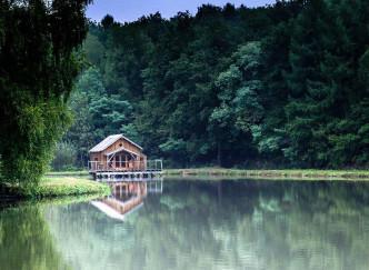 Une cabane flottante le temps d'un week-end