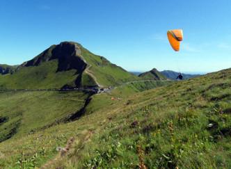 Vol libre en parapente au Puy Mary