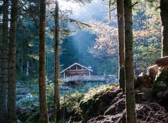 Passer la nuit dans une cabane de trappeur