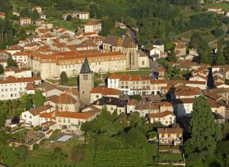 Ambierle et son ancienne église gothique