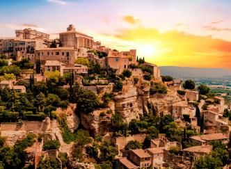 Top 10 des plus beaux villages Français à découvrir à la Toussaint