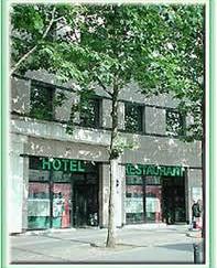 EURO HOTEL PARIS SAINT DENIS
