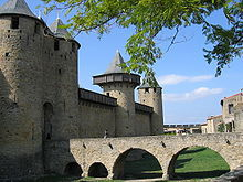Château Comtal et ses remparts