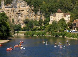 Les plus beaux villages de France au fil de l'eau