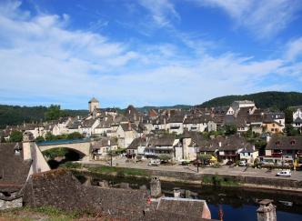 Argentat, au fil de la Dordogne