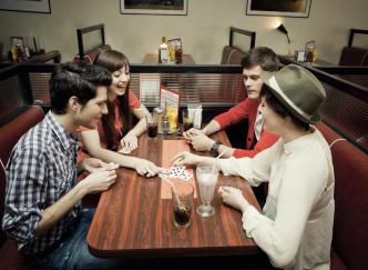 TOP 5 des bars où s'amuser à Paris