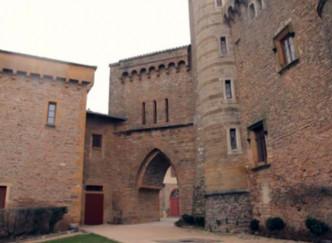 Le château de Montmelas (Beaujolais) : pour fans de lieu historique et d'amateurs de vin