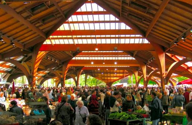 Le marché Georges Brassens - Brive-la-Gaillarde